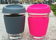 Customize Glass Coffee Cup With Silicon Lid / Drinking Glass Cup With Silicon Case
